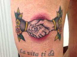 tattoo old school mani hands tattoo milano street style tattoo