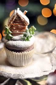 32 winter wonder cupcakes