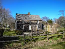 Colonial Farmhouses by 11 Amazing Things To Do In The Hamptons Usa Hand Luggage Only