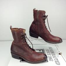 s frye boots size 9 nwob frye carson lug lace up boots combat brown size 9