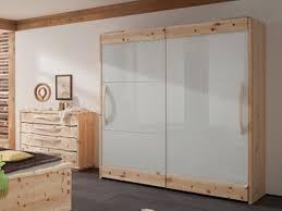 Schlafzimmerschrank Kernbuche Massiv Ge T Kleiderschrank Bei Bettkonzept Aus Massivholz