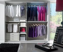 dressing chambre pas cher fabriquer dressing pas cher maison design bahbe com