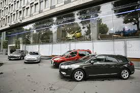 psa car french stock exchange removes psa peugeot citroen from cac 40 due