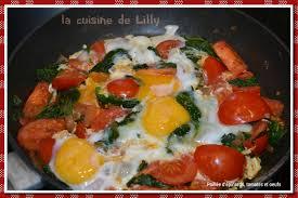 cuisiner epinard poêlée d épinards tomates et oeufs la cuisine de lilly