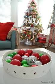 santa pole tree and decorating ideas