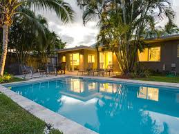 newly renovated modern home with pool homeaway wilton manors