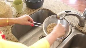 comment cuisiner du quinoa comment cuire du quinoa à la vapeur minutefacile com
