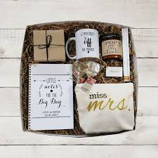 to be gifts diy emergency wedding bridal kit with free printable labels
