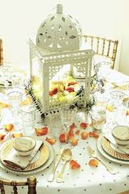 White Lantern Centerpieces by 76 Best Table Centerpiece Ideas Images On Pinterest Flower