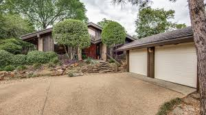 frank lloyd wright apprentice designed this u002760s home asking 367k