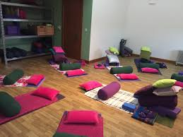 photos of sacred garden yoga and herbal remedies workshops yoga