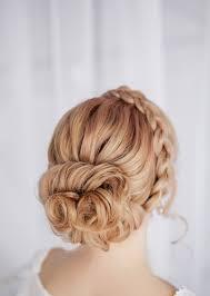 Hochsteckfrisurenen Einfach Hochzeit by Haarknotten Flechten Französischer Zopf Und Haarreifen Geflochten