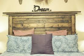 Reclaimed Wood Home Decor 13 Salvaged Wood Decorating Ideas Homesteading