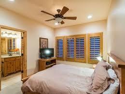 Bedroom With Tv Massive 9 Bedroom Luxury Cabin Perfect For Vrbo