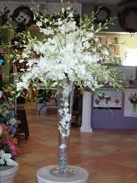 Vase To Vase Florist Best 25 Trumpet Vase Centerpiece Ideas On Pinterest Tall Vases