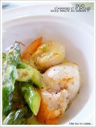 cuisiner les jacques duo d asperges et st jacques sauce minute au safran préparation x