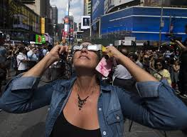 Does Looking At An Eclipse Blind You What To Do If You Looked At The Solar Eclipse U0026 Your Eyes Hurt Now