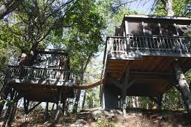 tree house rental on the coast of maine