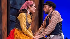 Light Opera Works Heartwarming U0027fiddler U0027 Lights Up Cahn Stage Evanston Now
