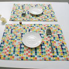 napperon de cuisine coloré carrés triangles motif coton linge napperon cuisine table à