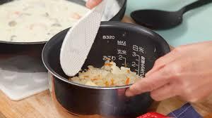 cuisine doria seafood doria recipe baked white sauce poured rice