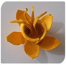recycled egg carton daffodil flower u2013 easycraftsforchildren