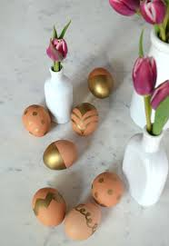 faux eggs for decorating sharpie easter eggs 19 of the coolest no mess decorating ideas