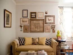 Sofa Pillows Ideas by Awesome Interior Design And Simple Family Room With Beige Sofa