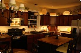 Under Cabinet Lighting Ideas Kitchen by Mood Lighting In The Kitchen From Thrifty Decor