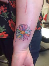 water colour tattoo daisy water colour daisy flower wrist