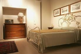 camere da letto moderne prezzi da letto in legno massello camere da letto classiche e