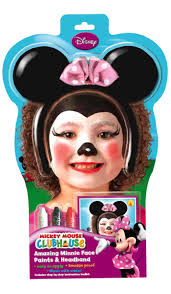 Minnie Mouse Halloween Makeup by