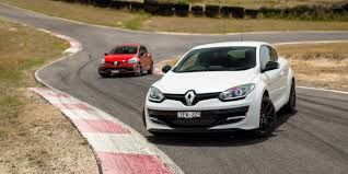 renault clio rs220 trophy v renault megane rs265 cup comparison