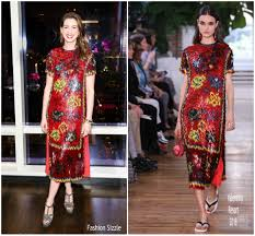 Fashion Sizzlers Archives Fashionsizzle by Anne Hathaway In Valentino U2013 U0027every Mother Counts U0027 Dinner