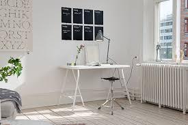 bureau avec treteau brico bureau sur tréteaux simple et efficace lauraleighimages com