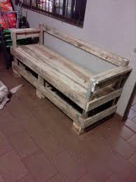 wood bench out of pallets
