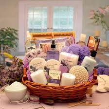 basket gift ideas 15 best gift basket ideas for s happy s day 2013