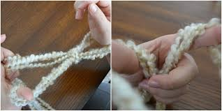 arm knitting tutorial how to arm knit a blanket
