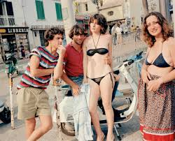 15 wonderful color photographs captured everyday life in italy in