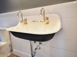 Vintage Style Bathroom Faucets Vintage Style Wall Mount Bathroom Sink Home Design Ideas Vintage