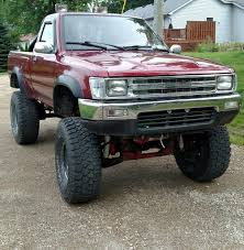 toyota truck lifted sold 1991 toyota pickup dlx 4x4 5 speed 165k fresh motor lifted