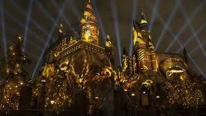 harry potter night light harry potter world at universal studios hollywood gets lit up variety