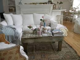 canapé shabby chic design interieur meubles shabby chic canapé blanc table basse