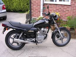 honda cb 250 streetbike rider picture website