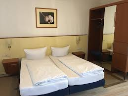 hotel zum klüverbaum bremen germany booking com