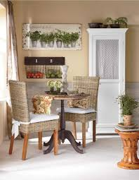 Small Table And Chairs For Kitchen Cozy Kitchen Maximize A Small Dining Space With A Round Table And