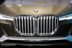 tagline of bmw bmw changes logo for top tier models like the x7 suv autoevolution