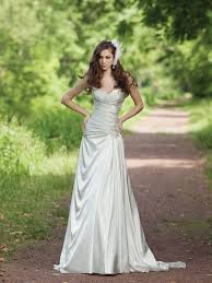 garden wedding dresses dresses for garden wedding pictures ideas guide to buying
