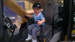 kids just love diggers