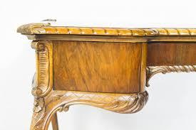 Schreibtisch Holz Schubladen Vintage Schreibtisch Aus Holz Mit Beidseitigen Schubladen Bei